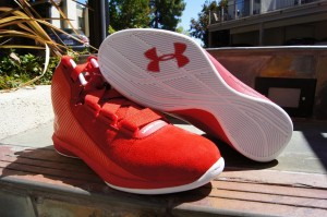 First-Impression-Under-Armour-Micro-G-Clutch-1