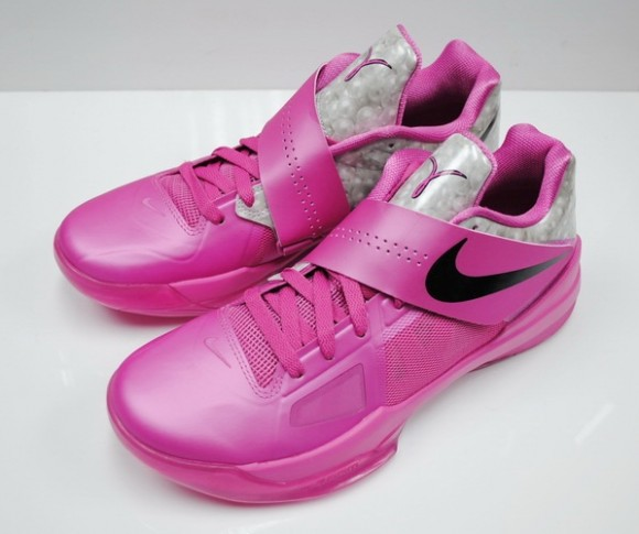 Nike-Zoom-KD-IV-(4)-Think-Pink-Aunt-Pearl-Available-Now-1