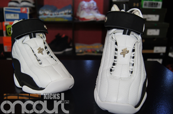Air-Penny-Project–Nike-Air-Penny-IV-4-Retro-Performance-Review-4