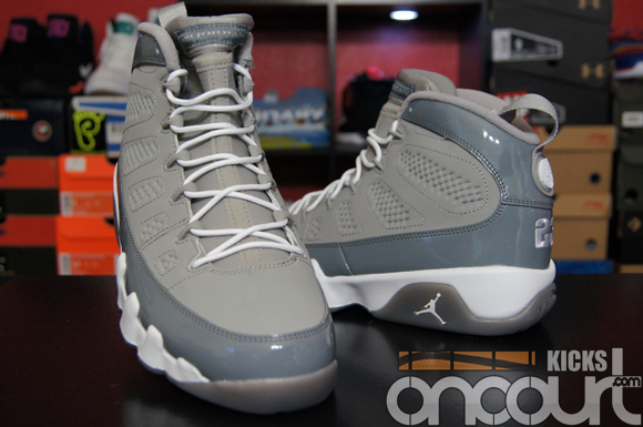 Air-Jordan-IX-(9)-Retro-'Cool-Grey'-2012-Detailed-Images-11
