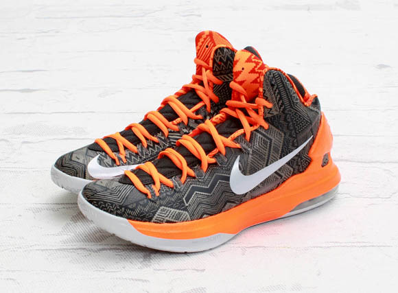 Nike-Basketball-Black-History-Month-2013-Detailed-Look-5