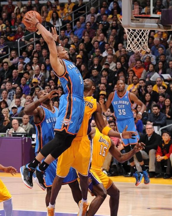 Russell-Westbrook-Beats-L.A.-in-Air-Jordan-II-(3)-Retro-P.E.-1