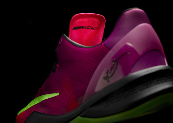 Kobe 8 Mambacurial - Basketball Performance Inspired by Football 3