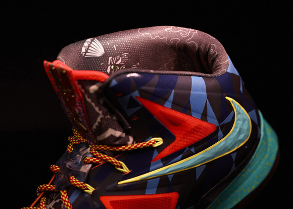 Nike-Marks-LeBron-James's-Most-Valuable-Player-Title-with-Nike-LeBron-X-Shoe-12