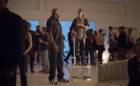 VIDEO Foot Locker x Reebok – Conversation Lift feat. Shaq and Tyga