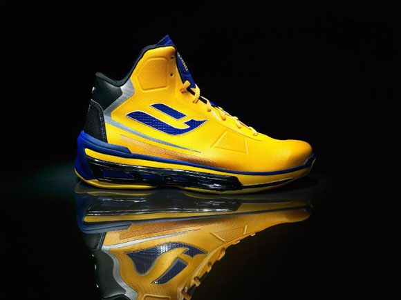 SPALDING POINT FORWARD SHOE