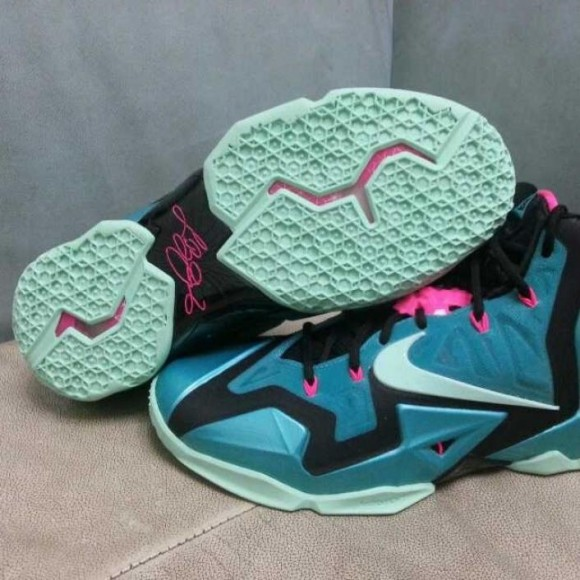 Nike LeBron XI 'South Beach' – First Look 1