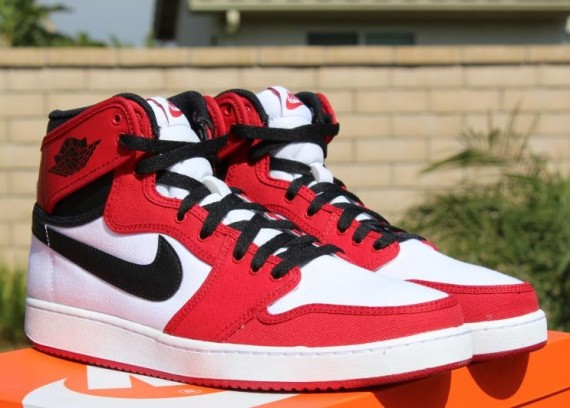 Air Jordan 1 KO 'Chicago' – Detailed Look and Release Info 1