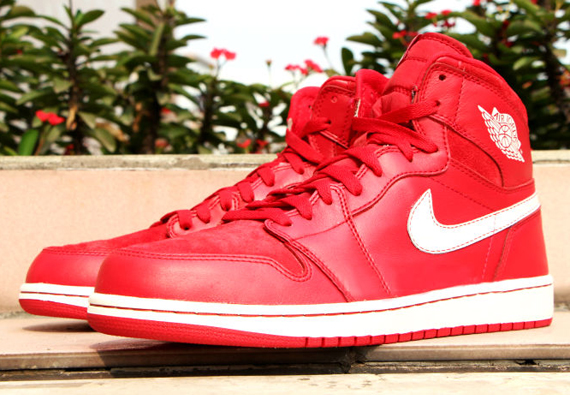 Air Jordan 1 Retro High OG 'Gym Red' – Detailed Look + Release Info 1