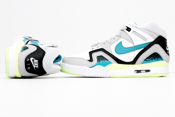 Nike Air Tech Challenge II 'Turbo Green' – Up Close & Personal 1
