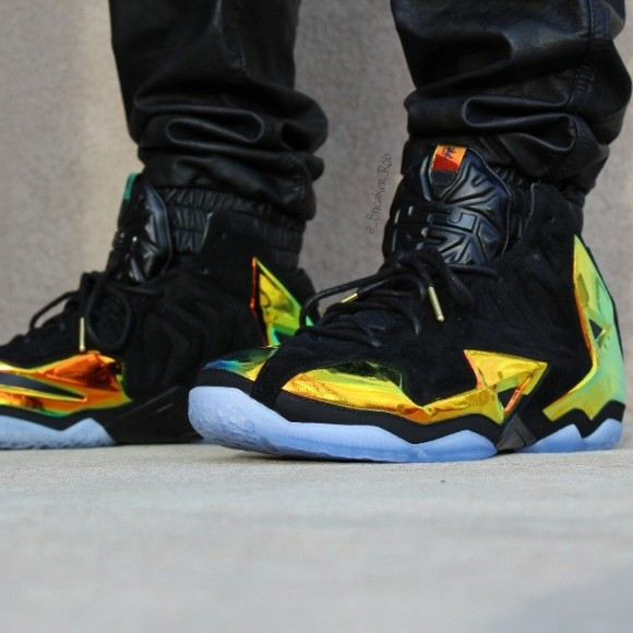 Nike LeBron 11 EXT 'King's Crown' - Detailed Look 1