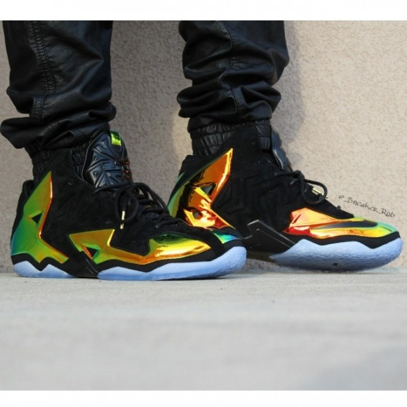 Nike LeBron 11 EXT 'King's Crown' - Detailed Look 2