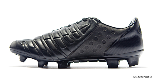 PUMA Releases 'Blackout' evoPOWER 2