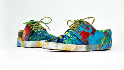 recycled-beach-trash-sneakers