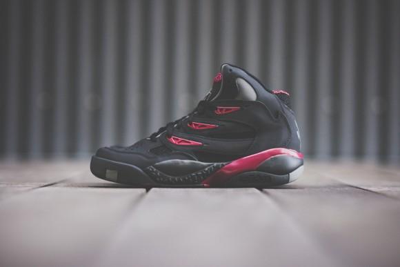 Adidas_Mutumbo_2_Black_Maroon_Sneaker_Politics1_1024x1024