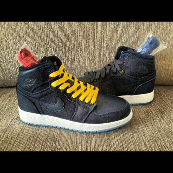 Air Jordan 1 Retro 'Denim' – First Look 1