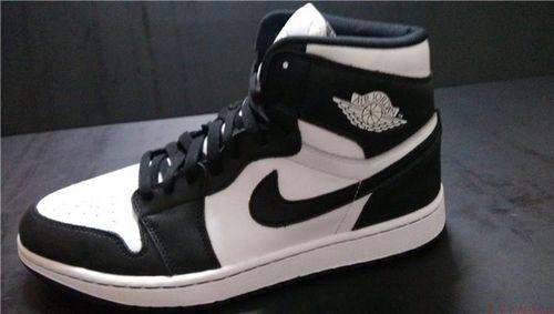 Air Jordan 1 Retro High OG Black White-2