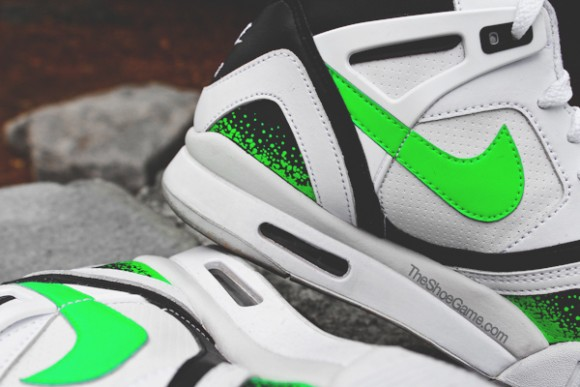 Nike Air Tech Challenge II 'Poison Green' - Detailed Look 2