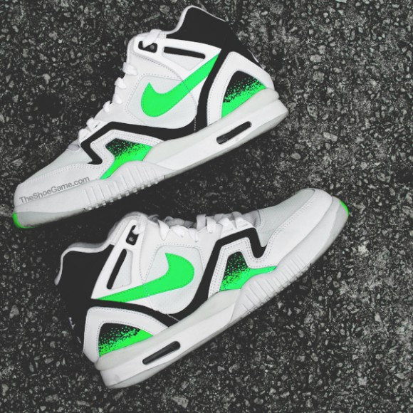 Nike Air Tech Challenge II 'Poison Green' – Detailed Look 3