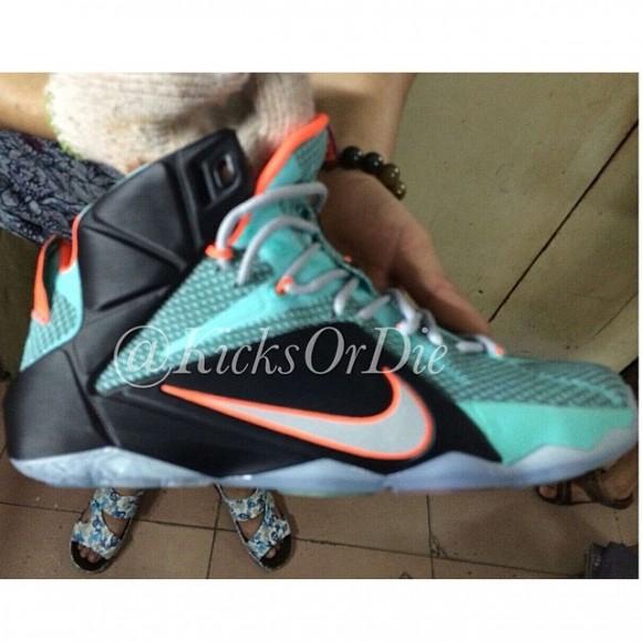 Nike LeBron 12 Sample – Closer Look 2