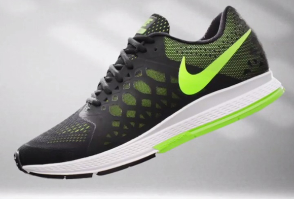 diseñador Pies suaves Electropositivo  Nike Running: Zoom Air Collection - WearTesters