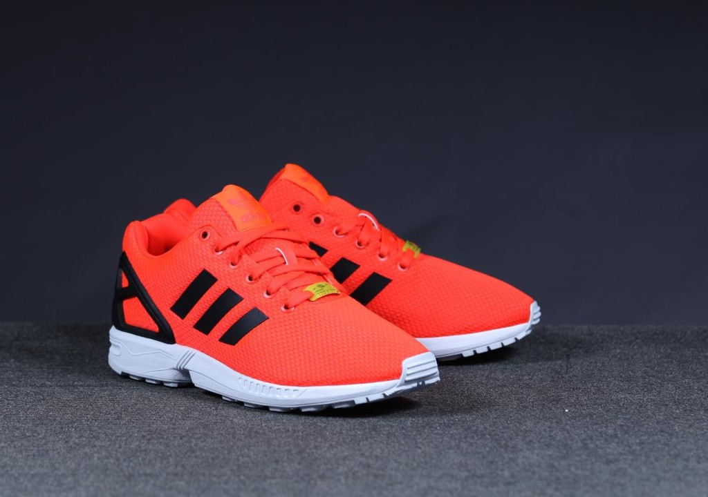 sports shoes becd5 5556e adidas ZX Flux