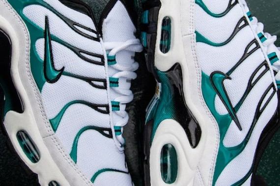 Foot Locker Exclusive Nike Air Max Plus Turbo Green Weartesters