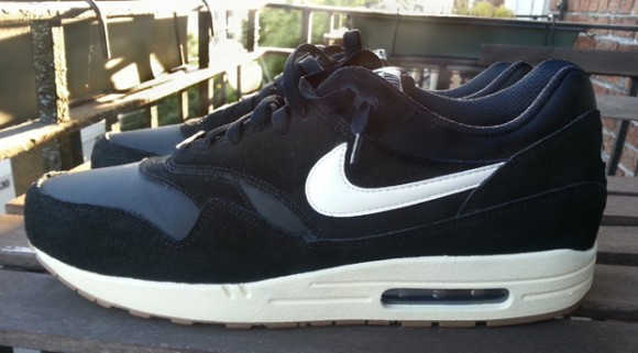 Nike Air Max 1 Black:Sail-Gum- First Look