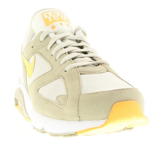 Nike-Air-Max-180-beige-atomic-mango2