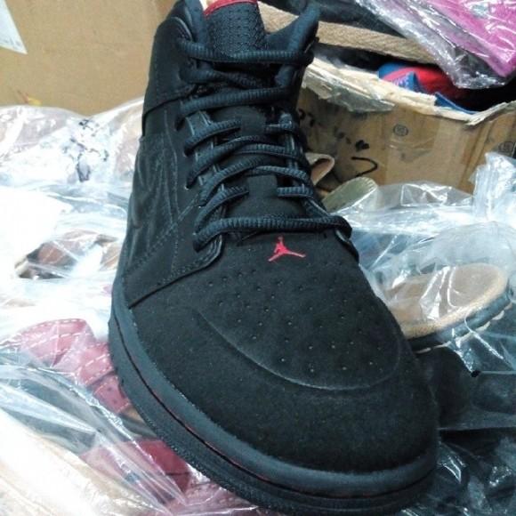 Air Jordan 1 Retro '99 'Last Shot' 3