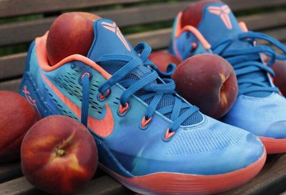 Nike Kobe 9 EM 'EYBL Peach Jam'