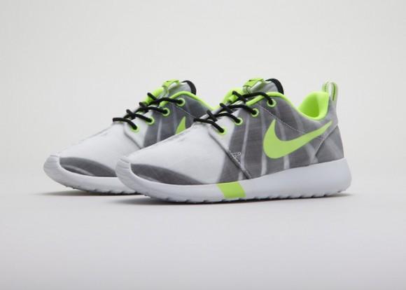 Nike Roshe Run 'Pulso Forte' & Air Max 1 'Foco Bonito' 2