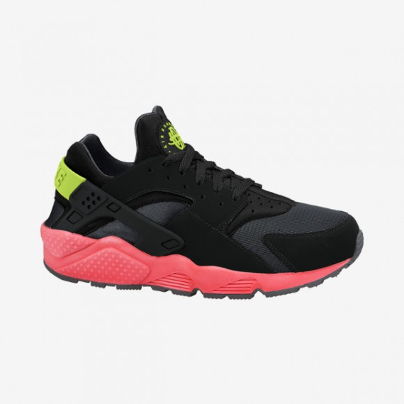 Nike Air Huarache 'Hyper Punch' – Available Now