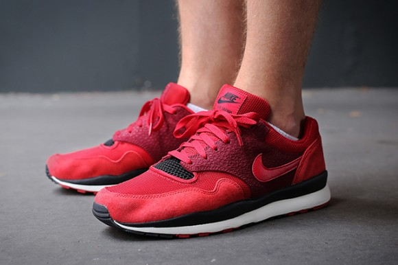 Nike-Air-Safari-Gym-Red-Team-Red