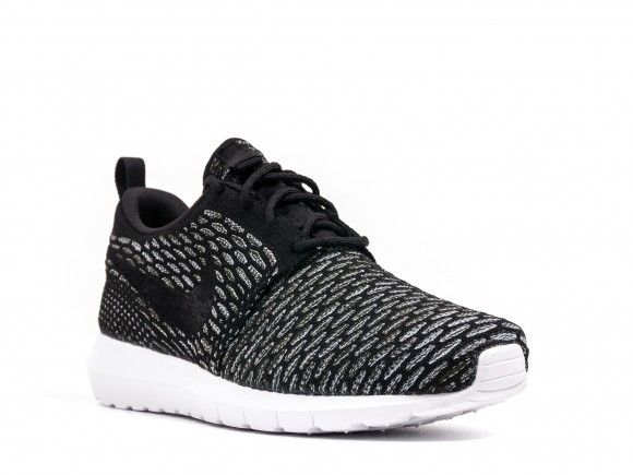 Nike Flyknit Roshe – Black – Available Now 1