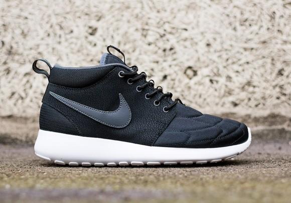 Nike Roshe Run Mid Black: Dark Grey 1