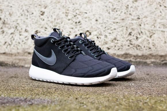 Nike Roshe Run Mid Black: Dark Grey 2
