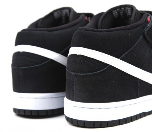 Nike-SB-Dunk-Mid-Black-White-Gym-Red-5