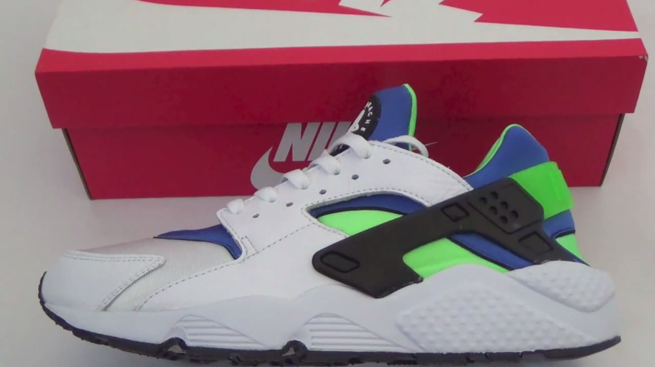 Nike Air Huarache 'Scream Green' Review + Sizing Info