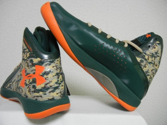 Under Armour Micro G Torch III - New Colorways 6