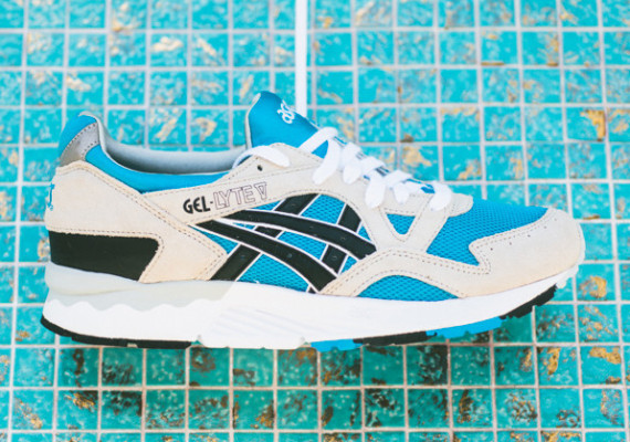 asics-gel-lyte-v-atomic-blue-black-02-570×400