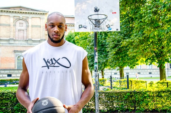 Adreian Payne Signs with K1X 11