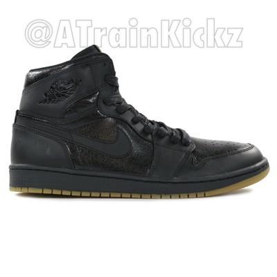 Air Jordan 1 Retro High OG Black: Gum - First Look