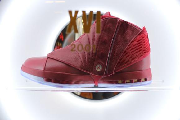 Air Jordan 'Red' Collection 16
