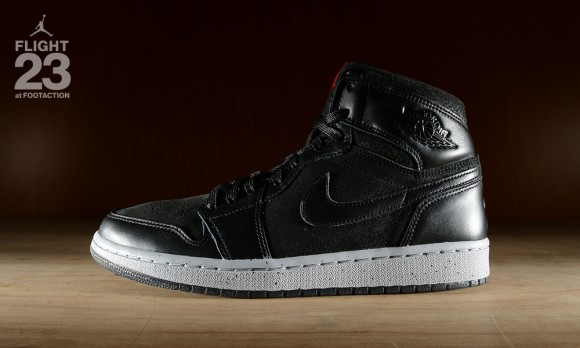 Footaction-Air-Jordan-1-Retro-NYC-3
