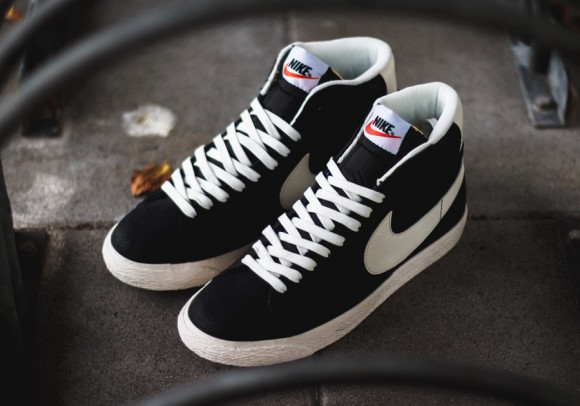 Nike Blazer Mid Premium Vintage Black:White 1