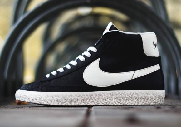 Nike Blazer Mid Premium Vintage Black:White 2 WearTesters