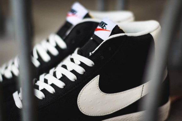 Nike Blazer Mid Premium Vintage Black:White 4 WearTesters