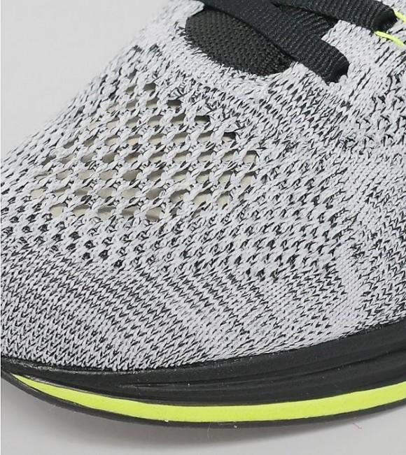 Nike Flyknit Racer - Black: White: Volt 3