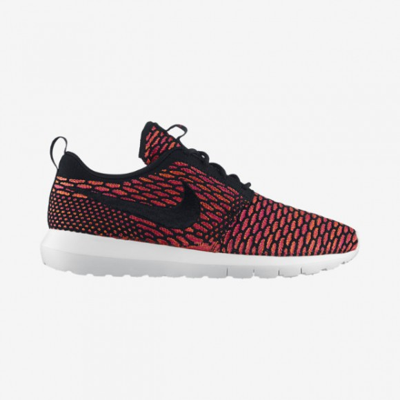 Nike Flyknit Roshe Run 'Blackout' & 'Fireberry' - Available Now